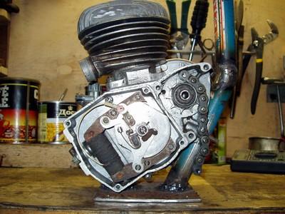Мотосамокат с двигателем д6